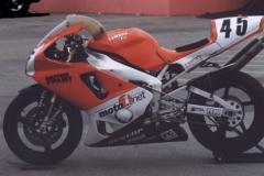 Motorcyclist Magazine Yamaha R1